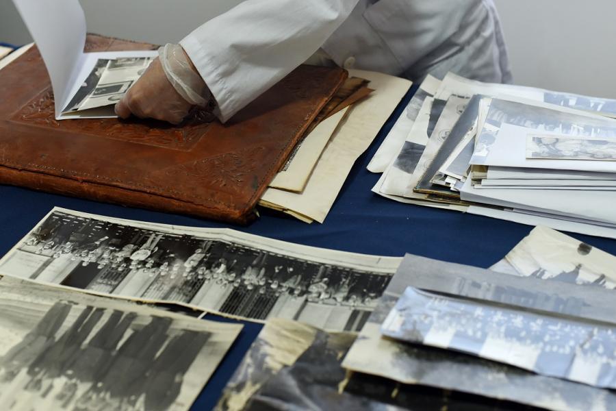 Un día de trabajo en el Archivo Judío de Chile
